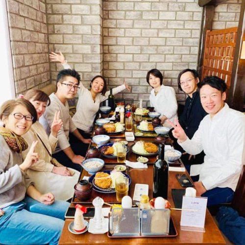 大森メンバー名古屋で味噌カツ
